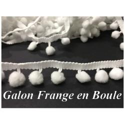 Galon Pompon Boule Blanc Au Mètre En Frange Pour Décorations. Loisirs Créatifs.