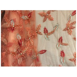 Tissu Saumon Haute Couture Pérlé Sur Résille Saumon Pour Caftans Et Robes De Cérémonies.