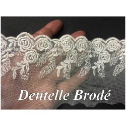 Dentelle Brodé Ivoire En 9 cm sur Résille Tulle A Coudre Pour Customisations et Lingerie.