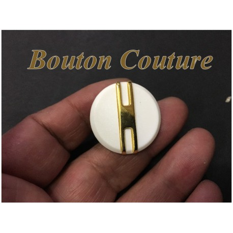 Bouton Blanc Motif Doré Style Hermes En 28 mm A Queue Couture