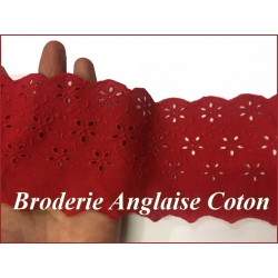 Broderie Anglaise Coton au Mètre en 9 cm Rouge, à coudre.