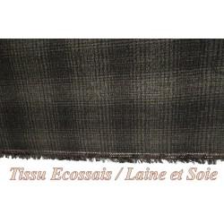 Tissu Au Mètre Ecossais Carreaux en Laine et Soie Noir et Gris.