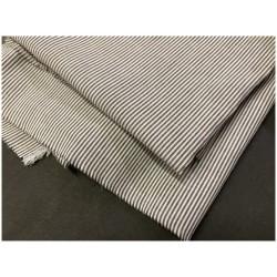 Tissu Coton Gris Imprimé Fine Rayure Au Mètre En Grande Largeur