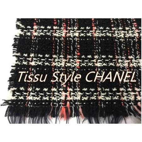 """Tissu Style """"Chanel"""" Tweed Noir Au Mètre Haute Couture."""