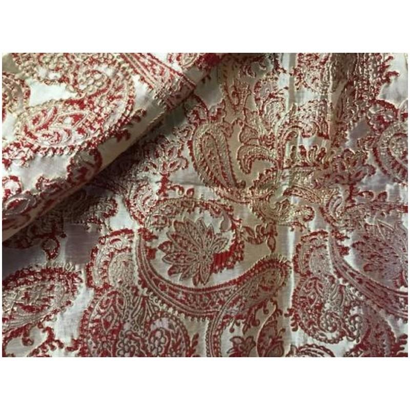 Tissu Brocart Double Face Au Mètre De Luxe En Motifs Jacquard Rouge Sur Fond Doré Or Pour Robes, Tailleurs Et Caftans.