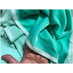 Tissu Velours Vert D'Eau En Grande Largeur Pour Vetements Et Ameublement