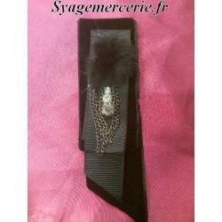 Broche Couture Noir en Chaine et Strass
