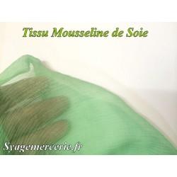 Tissu Mousseline de Soie Vert au Mètre.