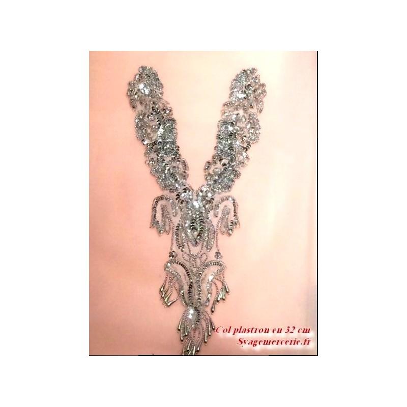 Col plastron en 40 cm à coudre en sequin argent et perles argent franges argent