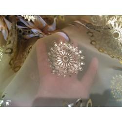 Tissu Mousseline Au Mètre Polyesther En Saumon En Motif Fleur Or.
