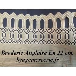 Broderie Anglaise Coton au Mètre en 22 cm Beige à Coudre.