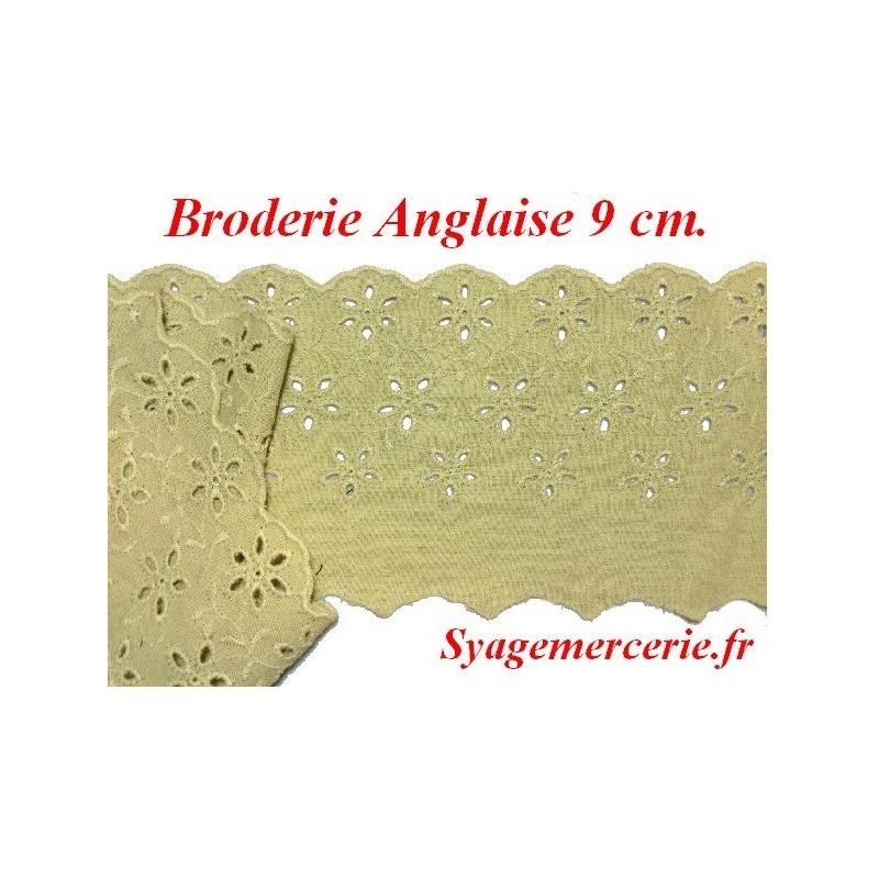 Broderie Anglaise Coton au Mètre en 9 cm Beige à coudre.