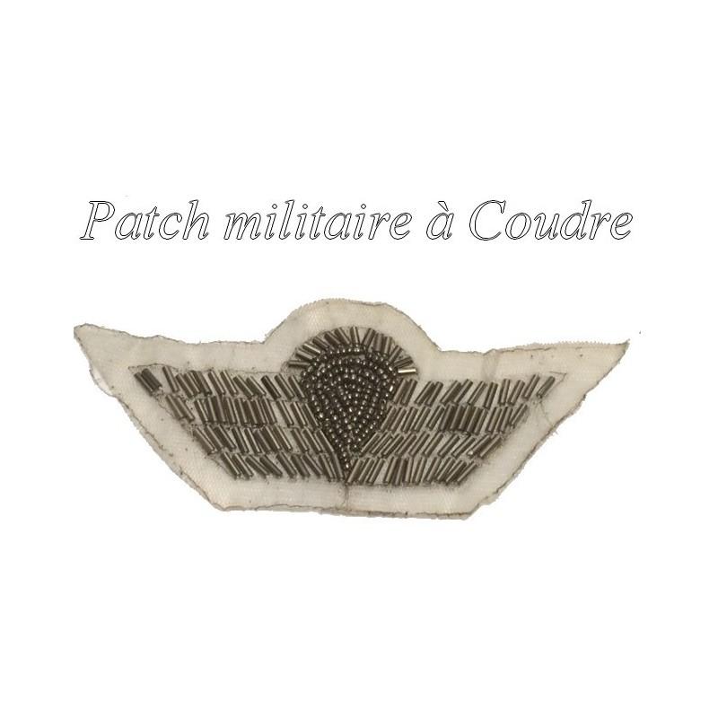 Motif, Applique en sequins Doré, Façon Militaire à Coudre