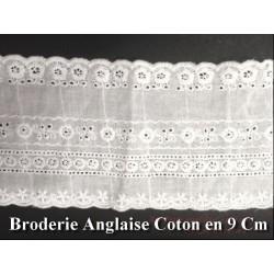 Broderie Anglaise En Tissu Coton Au Mètre En 9 Cm Blanche, Pour Loisirs Créatifs.
