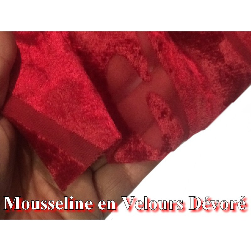 tissu mousseline au m tre en velours d vor rouge pour customisations. Black Bedroom Furniture Sets. Home Design Ideas