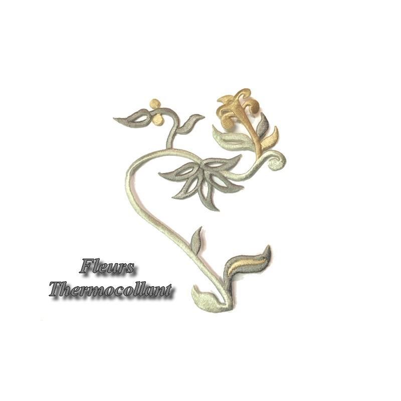 Ecusson Patch En Forme De Fleurs Thermocollant Pour Décorations Et Customisations.