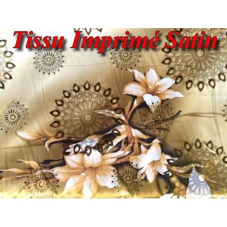 Tissu Satin Imprimé Polyesther En Saumon Et Motif Fleur or.