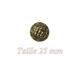 Bouton doré Fantaisie à coudre en taille 25 mm Pour customisations.