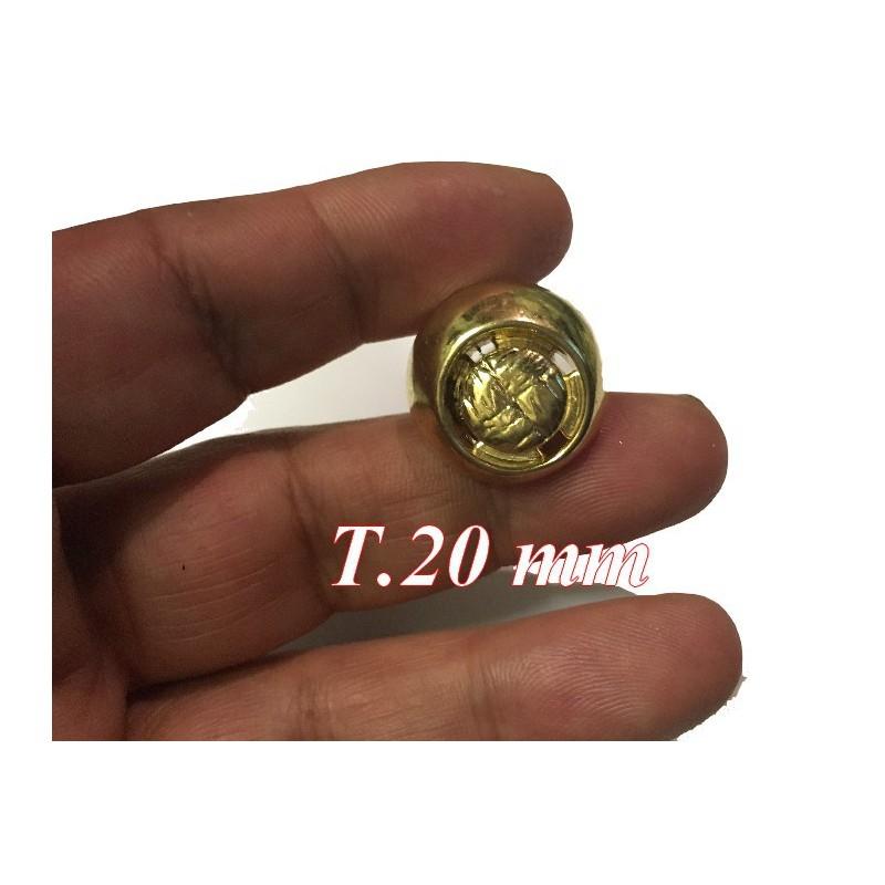 Bouton doré Fantaisie à coudre en taille 20 mm Pour customisations.