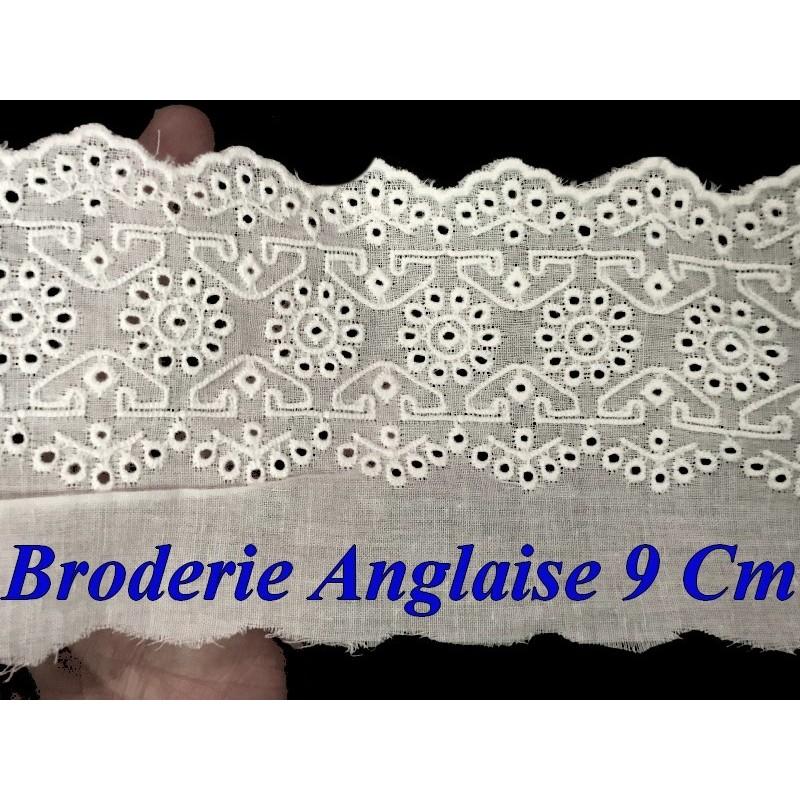 Broderie Anglaise Coton au Mètre en 9 cm Blanche