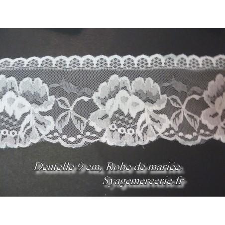 Dentelle En 9 Cm Blanche Sur Résille A Coudre Pour Robe De Mariage, Loisirs Créatifs.