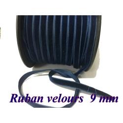 Ruban Velours en 9 mm Couleur Bleu indigo Pour vetements et Loisirs Créatifs