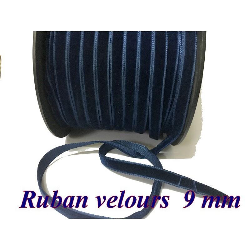 Ruban Velours en 7 mm Couleur Bleu indigo Pour vetements et Loisirs Créatifs