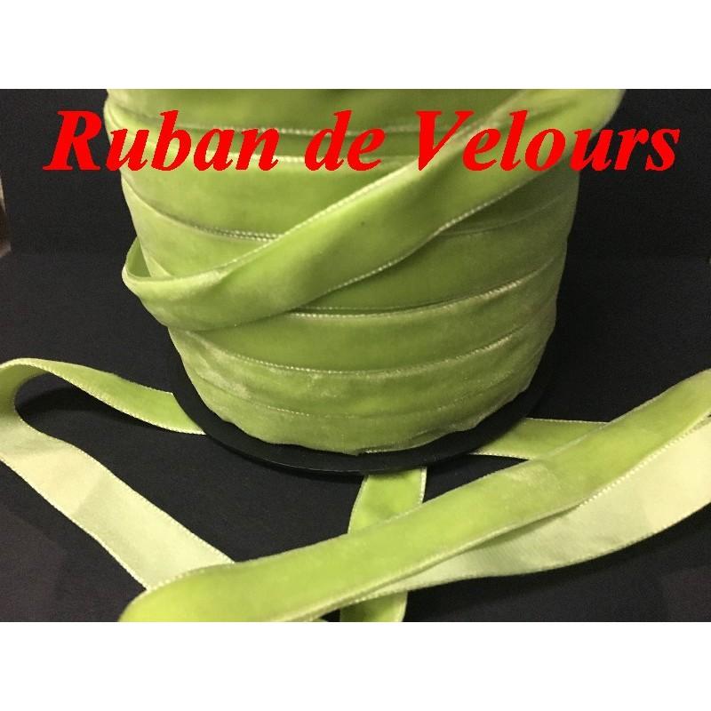 Ruban De Velours en 16 mm Couleur Vert Anis Pour vetements et Loisirs Créatifs