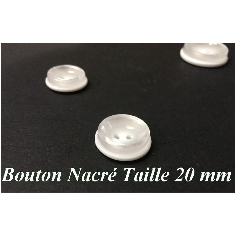 Bouton DE Couture Blanc Nacré En Taille 20 mm, Pour Vetements Et Loisirs Créatifs.