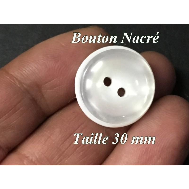 Bouton DE Couture Blanc Nacré En Taille 30 mm, 3 Cm, Pour Vetements Et Loisirs Créatifs.
