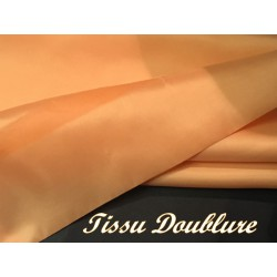 Doublure Polyester Au Mètre En Tissu Couleur Saumon En 150 Cm A Coudre Pour Robes, Manteaux Et Confections.