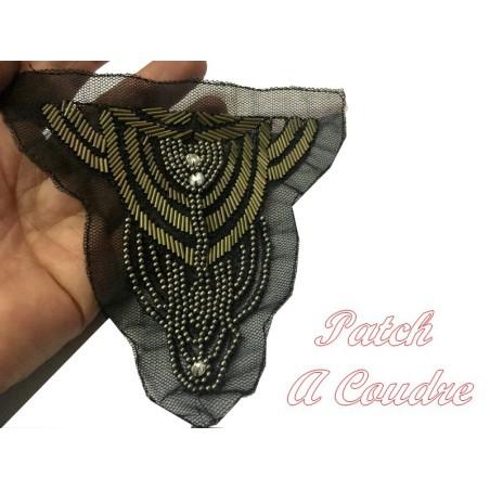 Motif Patch, Applique, A Coudre En Perle Bronze Et Strass Sur Résille Noir.