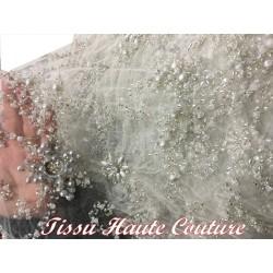 Tissu Haute Couture Pérlé Sur Résille Tulle Gris Pour Caftans, Robes De Soirée Et De Cérémonies.