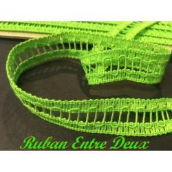 Galon Entre deux Au Mètre Vert Fluo En Jour Echelle de 2 cm A Coudre Pour Vetements coudre