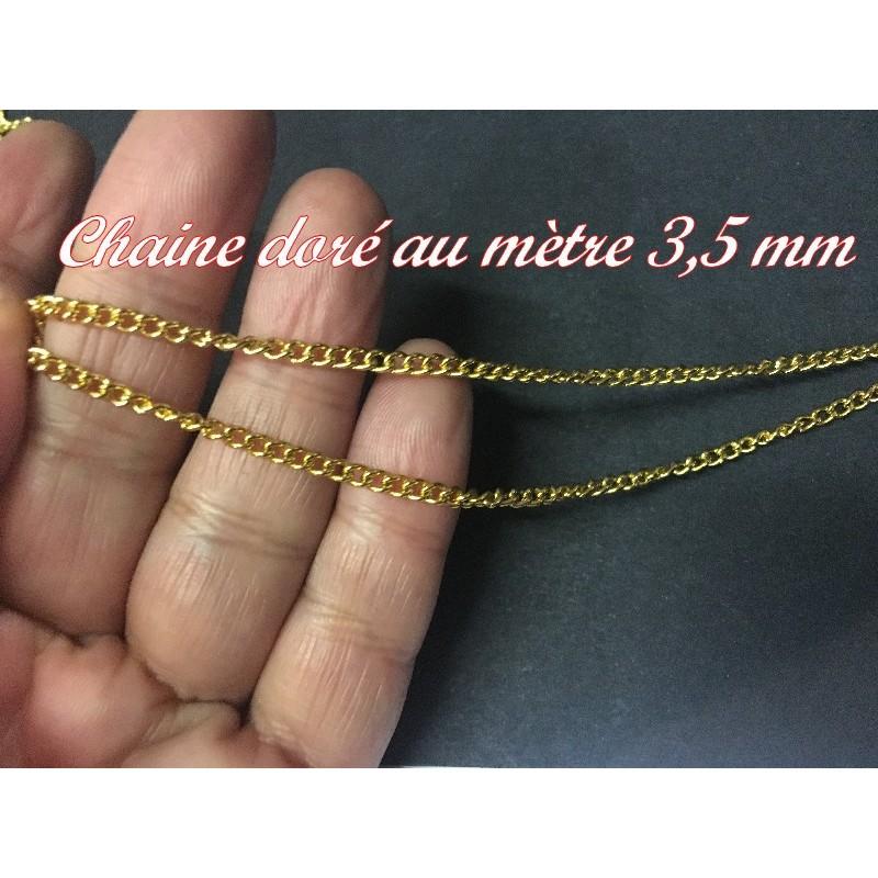 Ornement Chainette Doré Sur Support En Ruban Simili Cuir Noir Pour Lingerie et Customisations.