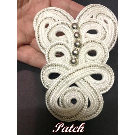 Motif Patch Passementrie Clouté Blanc A Coudre