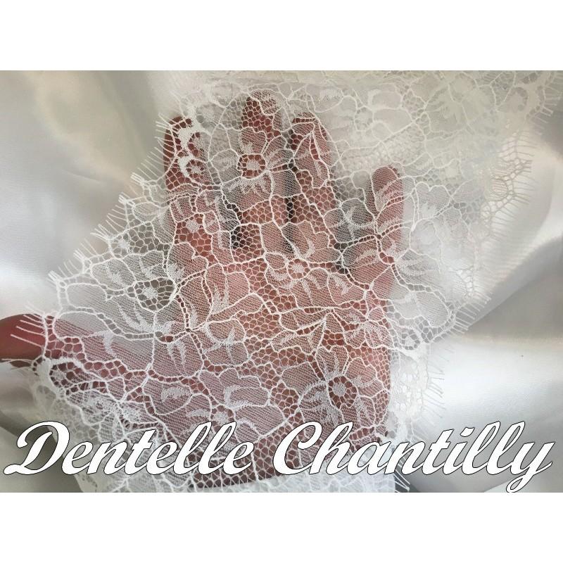 Dentelle Chantilly Au Mètre De Largeur En 16 Cm Blanche, Pour Mariage Et Lingerie De Luxe.