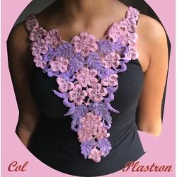 Plastron Col Applique En Dentelle Fleurs Coloris Vieux Rose Et Violet Pour Customisations et Décorations.