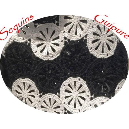 Tissu Dentelle Guipure et Sequins Couture En Noir Et Blanc, Customisations.