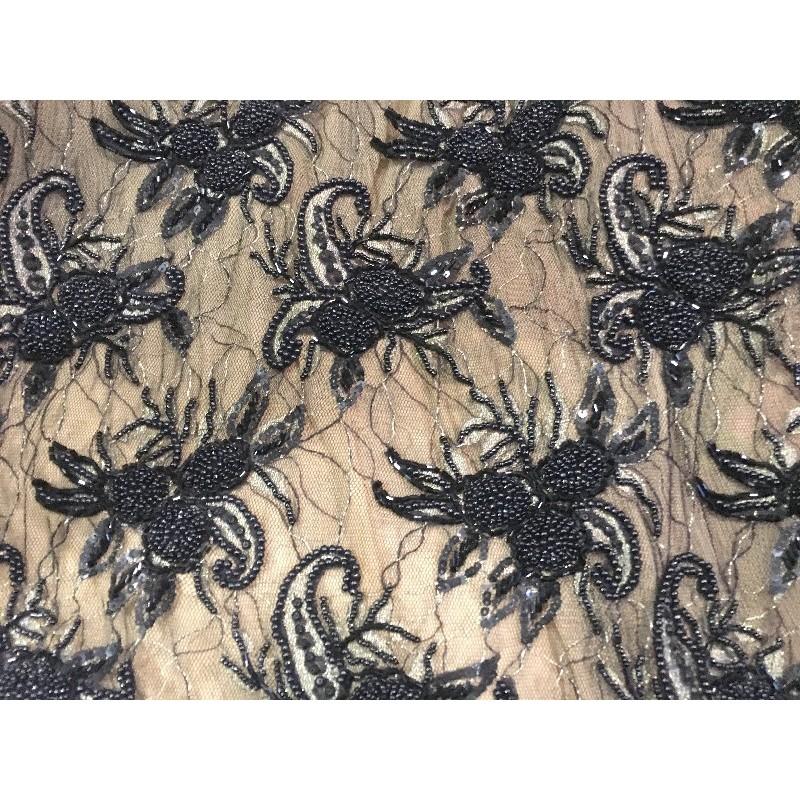 Tissu Haute Couture Pérlé Sur Résille Tulle Noir Pour Robes de cocktail, Cérémonies Et Caftans.
