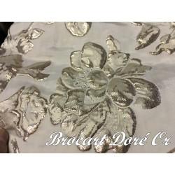 Tissu Brocart Au Mètre De Luxe En Motifs Fleurs Doré Or Imprimés Et En Relief Lurex Or Pour Robes, Tailleurs Et Caftans