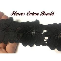 Guipure Brodé En Motif Fleurs Coton Au Mètre En 5 Cm Noir A Coudre Pour Customisations Et Loisirs Créatifs.