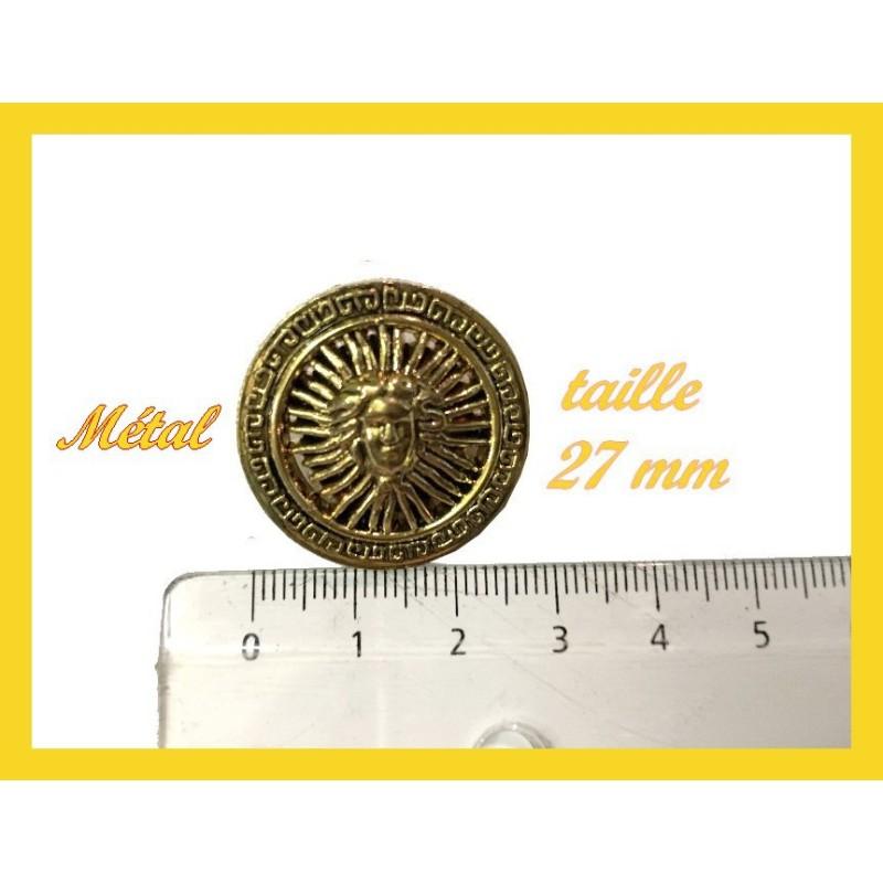 Bouton Doré En Vai Métal à Coudre En Taille 27 mm.