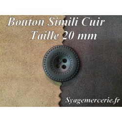 Bouton Cuir Simili 20 mm En 4 Trous Marron-Choco.