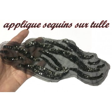 https://www.syagemercerie.fr/8508-thickbox/motif-applique-patch-en-sequin-noir.jpg