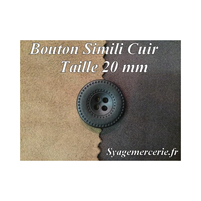 Bouton Cuir Simili 20 mm En 4 Trous Noir