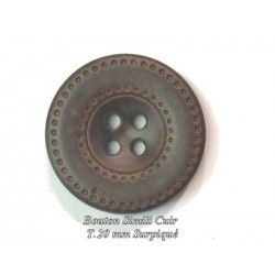 Bouton Cuir Simili 20 mm A Coudre En 4 Trous Marron-Choco