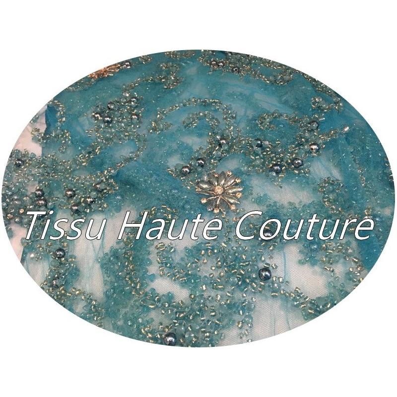 Tissu Haute Couture Pérlé Sur Résille Turquoise Pour Créations De Robes de cocktail, Cérémonies Et Caftans.
