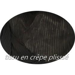 Tissu Plissé En Crêpe Noir A Coudre, Pour Chemisers, Jupes, Et Customisations.