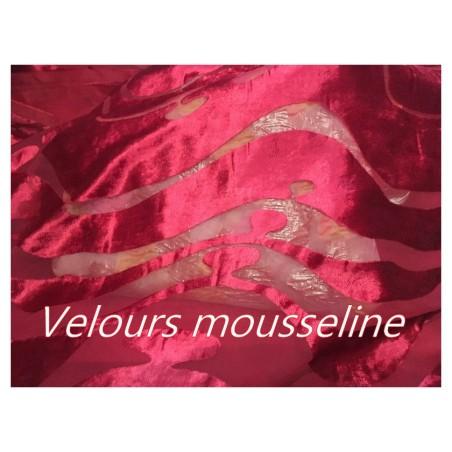 Tissu Mousseline Rouge Dévoré En Velours Rouge A Coudre.